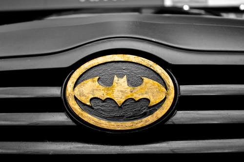 car-superhero-symbol-batman.jpg
